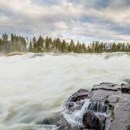 Lapland-Zweden-Harads-Loggers-Lodge-Storforsen
