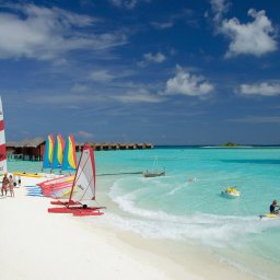 Malediven-Anantara-Dhigu-watersporten
