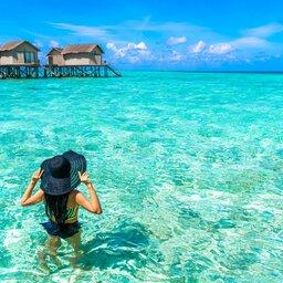 Malediven-dame met hoed