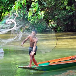 Maleisië-Batang-Ai-Nanga-Sumpa-Lodge-visser