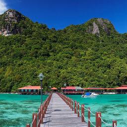 Maleisie-Borneo-algemeen-loopbrug naar eiland