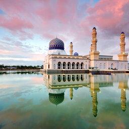 Maleisie-Borneo-hoogtepunt-drijvende moskee