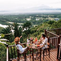 Maleisië-Kota-Kinabalu-Shangri-La-Rasa-Ria-Resort-&-Spa-ontbijt-met-uitzicht-2