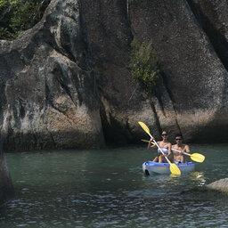 Maleisië-westkust-Pangkor-Laut-Resort-kajak