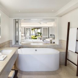 Mauritius-Lux-Le-Morne-Hotel-badkamer