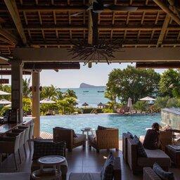 Mauritius-Zilwa-Attitude-hotel-bar