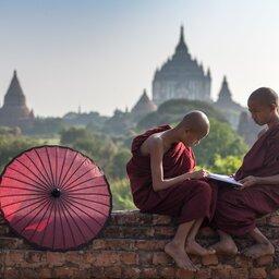 Myanmar-Bagan-hoogtepunt-monniken