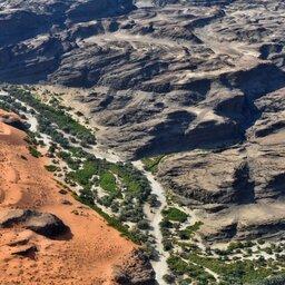Namibië-Sandwich harbour-hoogtepunt -kuiseb rivierbedding