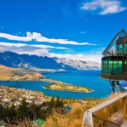 Nieuw-Zeeland -queenstown - lake Wakatipu - south island