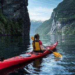 Noorwegen-Fjord-Noorwegen-Excursie-Cruise-Geiranger-Fjord-Seven-sisters-waterfall (4)