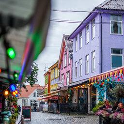 Noorwegen-Fjord-Noorwegen-streek-Stavanger-Fargegaten Street-Martin-Håndlykken-VisitNorwaycomJPG