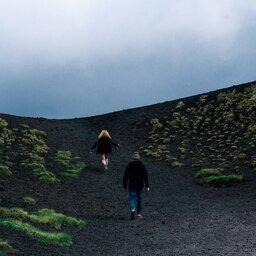 Oost-Sicilie-Etna-koppel-wandelen