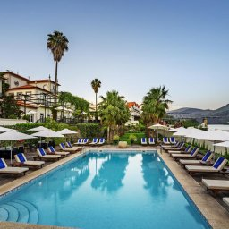 Portugal-Douro-Hotel-The-Vintage-House-zwembad