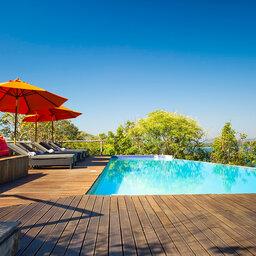 pumulani-lodge-malawi-lodges-malawian-style-lake-malawi-southern-lake-shore-accommodation-pool-deck