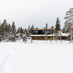 rsz_1rsz_finland-lapland-saariselka-javri-lodge-buitenaanzicht