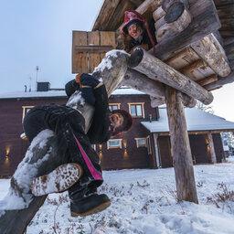 rsz_finland-lapland-ivalo-wilderness-hotel-inari-kinderen_2
