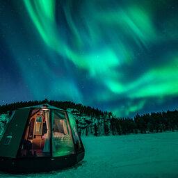 rsz_finland-lapland-ivalo-wilderness-hotel-nangu-aurora-glamping-inari-meer