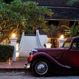 rsz_laos-luang-prabang-vintage-car