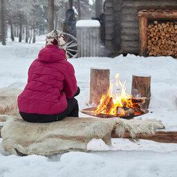 rsz_zweden-lapland-gunnarsbyn-arctic-retreat-kampvuur