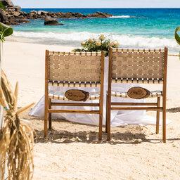 Seychellen-Mahe-Carana-Beach-Wedding-Set-Up