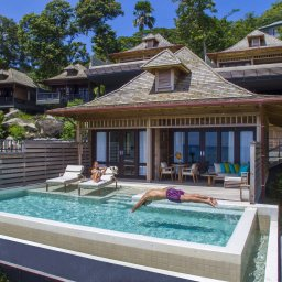 Seychellen-Mahe-Hilton-Northolme-Resort-&-Spa-Grand-Oceanview-Pool-Villa-koppel-zwembad-2