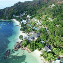 Seychellen-Praslin-LArchipel-luchtfotoJPG