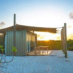 Seychellen-Private-eilanden-BlueSafari-Cosmo-Eco-Camp-kamer-exterieur