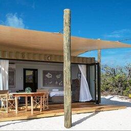 Seychellen-Private-eilanden-BlueSafari-Cosmo-Eco-Camp-kamer-terras