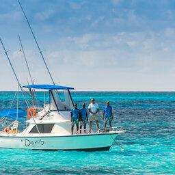Seychellen-Private-Eilanden-Denis-Private-Island-boot