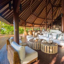 Seychellen-Private-Eilanden-Denis-Private-Island-lounge-bar