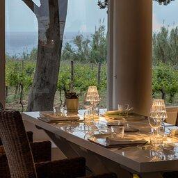 Sicilie-Eolische-Eilanden-Capofaro-Locanda-&-Malvasia-sfeerbeeld-restaurant-2