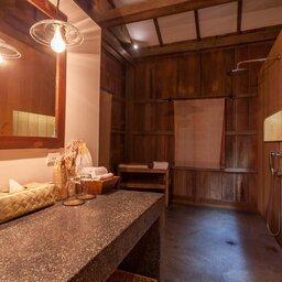 Siem-Reap-Sala-Lodges-badkamer