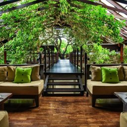 Sri-Lanka-Trincomalee-Jungle-Beach-lounge