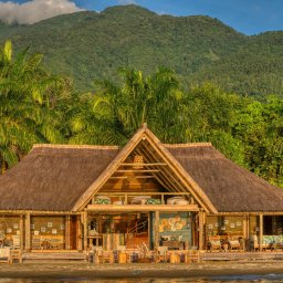 Tanzania-Mahale-Mountains-Mbali-Mbali-Mahale-Lodge-hoofdgebouw