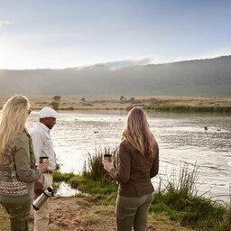 Tanzania-Ngorongoro-Sanctuary-Crater-Camp-wandel-safari-nijlpaard