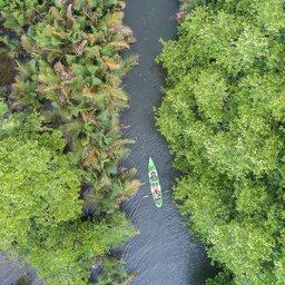 Tatai-4-rivers-floating-lodge-header2
