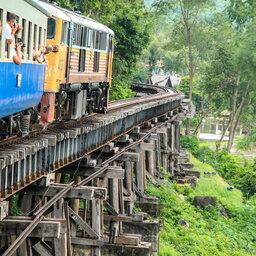 Thailand-Kanchanaburi-Excursie-Bezoek-aan-Death-Railway-2