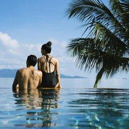 Thailand-Koh-Samui-Hotel-Anantara-Bophut-Koh-Samui-Resort-zwembad-koppel