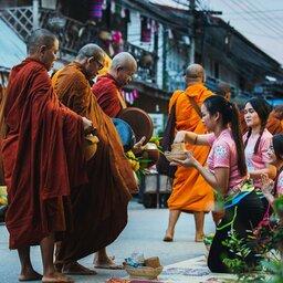 Thailand-Pai-Excursie-Morning-Alms-1