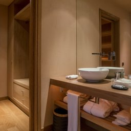 The Margi bathroom