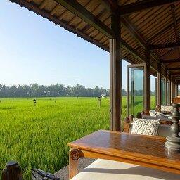 Ubud-Tanah-Gajah-restaurant-met-uitzicht