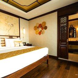 Vietnam-Halong-Heritage-Ginger-Line-kajuit-bed-2