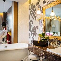 Vietnam-Hanoi-Hotel-d-l-opera-ligbad