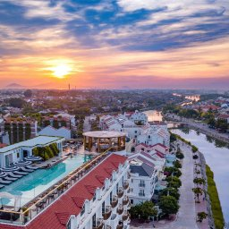 Vietnam-Hoi-An-Royal-Hoi-An-MGallery-Hotel-hotelgebouw-luchtfoto