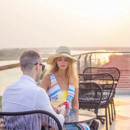 Vietnam-Hoi-An-Royal-Hoi-An-MGallery-Hotel-koppel-bar