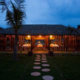 Vietnam-Hue-Pilgrimage Village 6