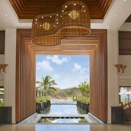 Vietnam-Stranden-Midden-Vietnam-Avani-Quy-Nhon-uitzicht-zwembad