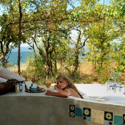 Zimbabwe-Lake Kariba-Changa Safari Camp (7)