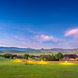 Zuid-Afrika-Drakensbergen-Montusi-Mountain-Lodge-luchtfoto