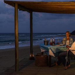 Zuid-Afrika-iSimangaliso-Wetland-thonga-beach-lodge-diner-2